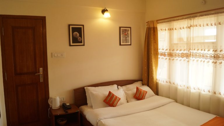 woodland hill stay standard double room 11